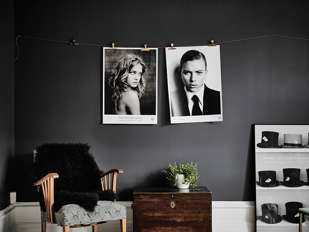 black-and-white-photographs-film-noir-sitting-space