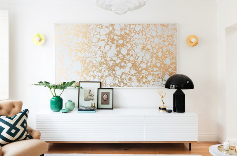 how to hang pictures - freshome.com